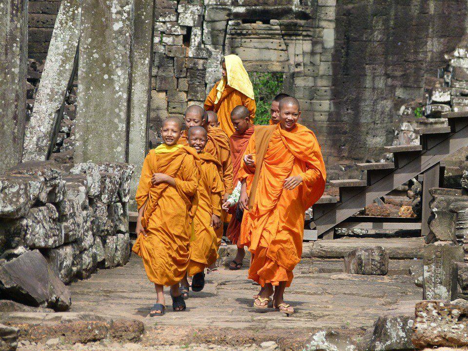 cambogia monaci