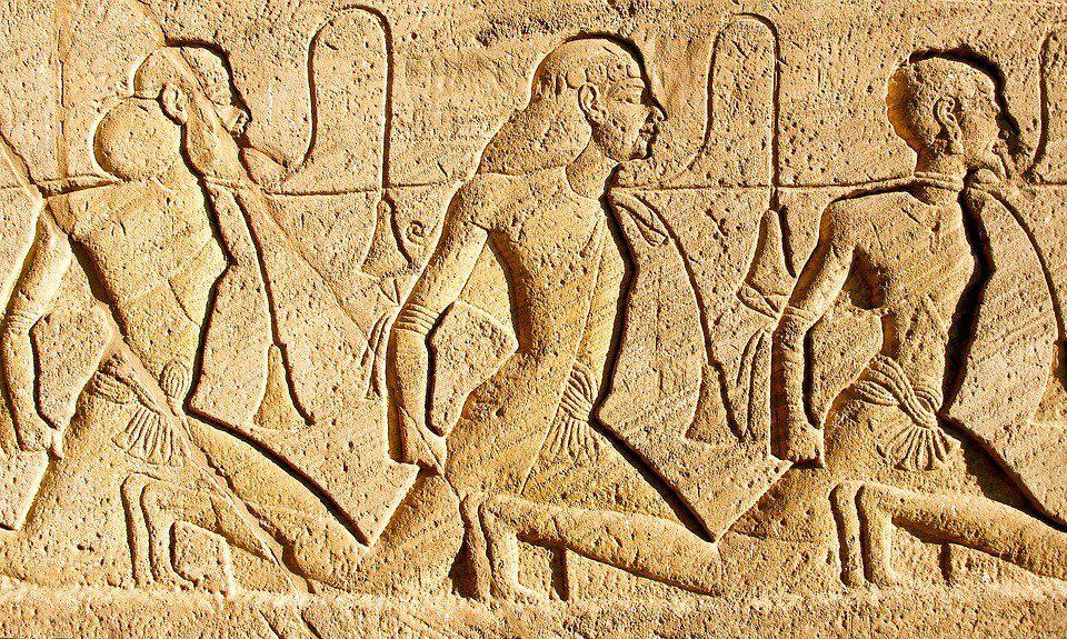 egitto sculture  - EGITTO 7 - Egitto: Tour Nefertiti Crociera sul Nilo – Tour Individuale