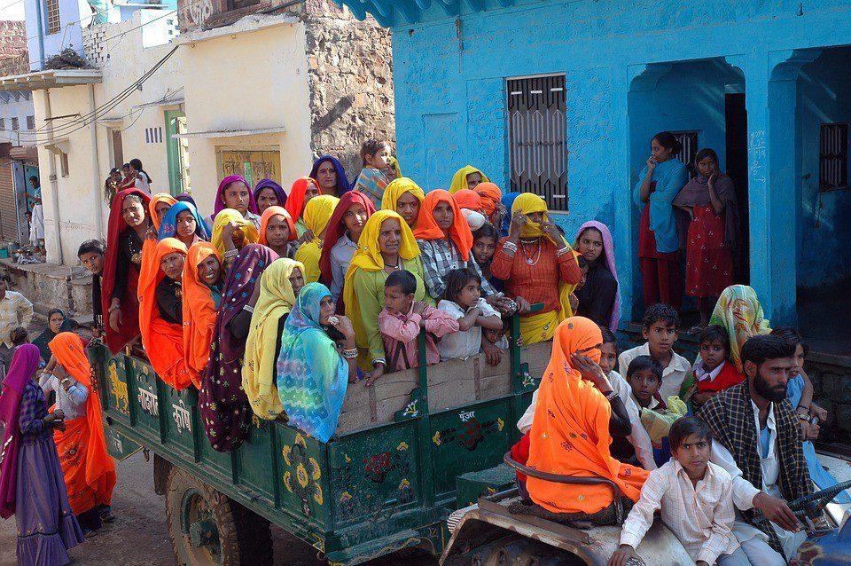 india vestiti tradizionali  India Triangolo d'oro e Rajasthan – Tour di Gruppo INDIA