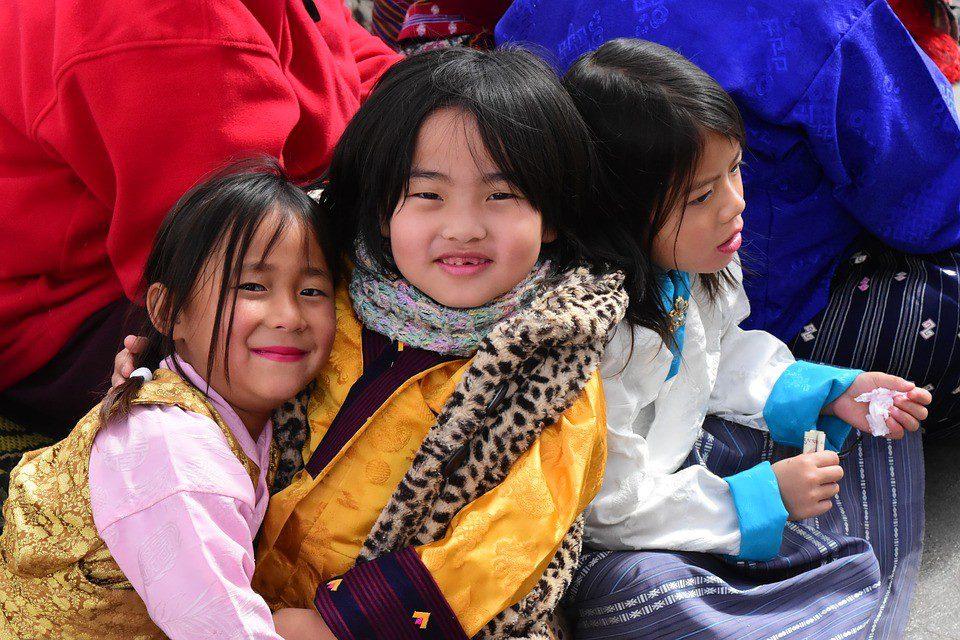 bhutan bambini  Bhutan Classico – Tour Individuale bhutan 3
