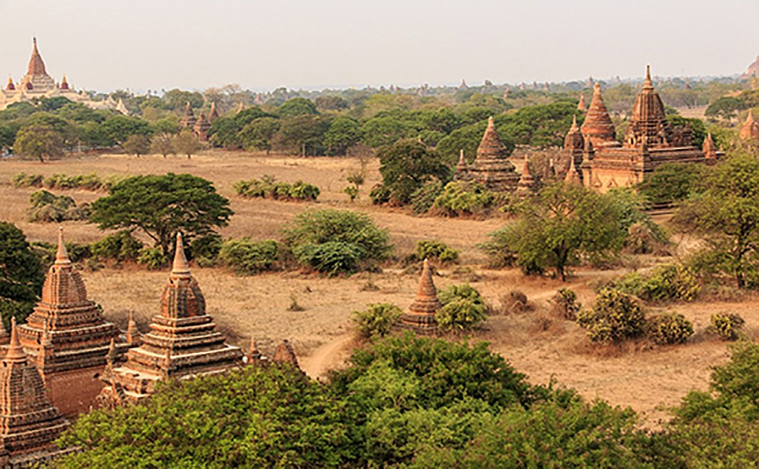 birmania pagode bagan paesaggio