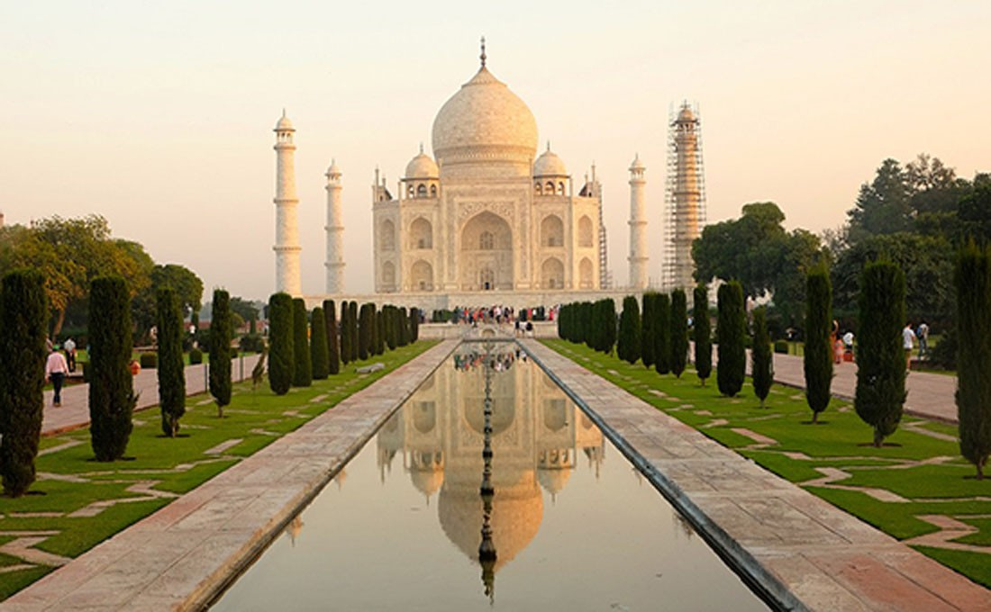 india agra taj mahal  Triangolo d'oro e India del Nord – Tour di Gruppo INDIA 2