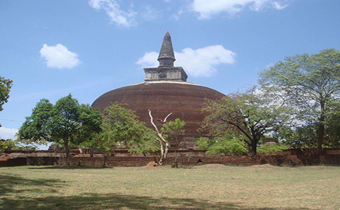 sri lanka pagoda