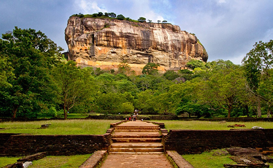 sri lanka sigiriya lion rock