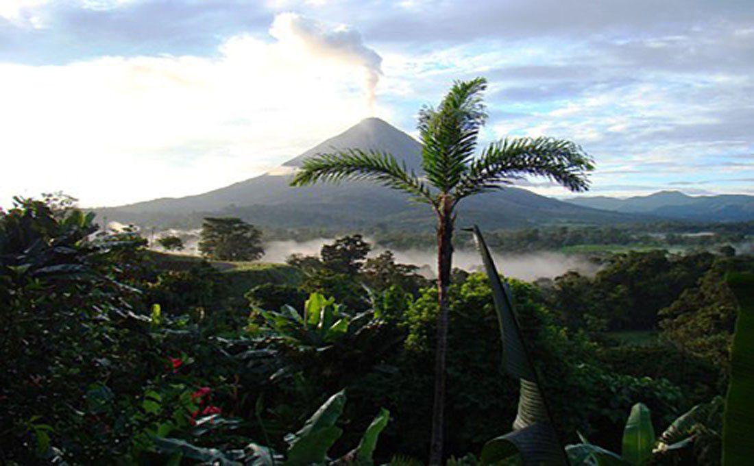 costarica panorama con vulacano