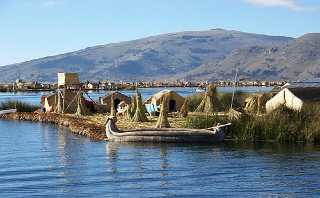 peru lago titicaca uros