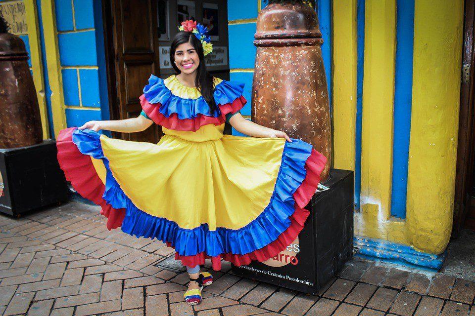 - colombiavestito tradizionale - Centro e Sud America
